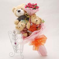 Букет с медвежатами (3 шт, розовый)
