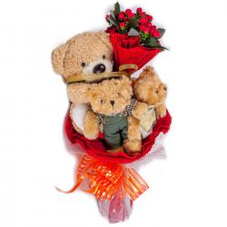 Букет с медвежатами (3 шт, красный)