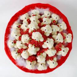 Букет из мягких игрушек, красный. Мишки белые 29 шт.